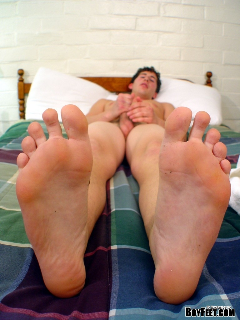 BOYFEET! the hottest twink foot site online!: http://www.boydollars.com/free-galleries/gay-porn-picture/boyfeet-24/